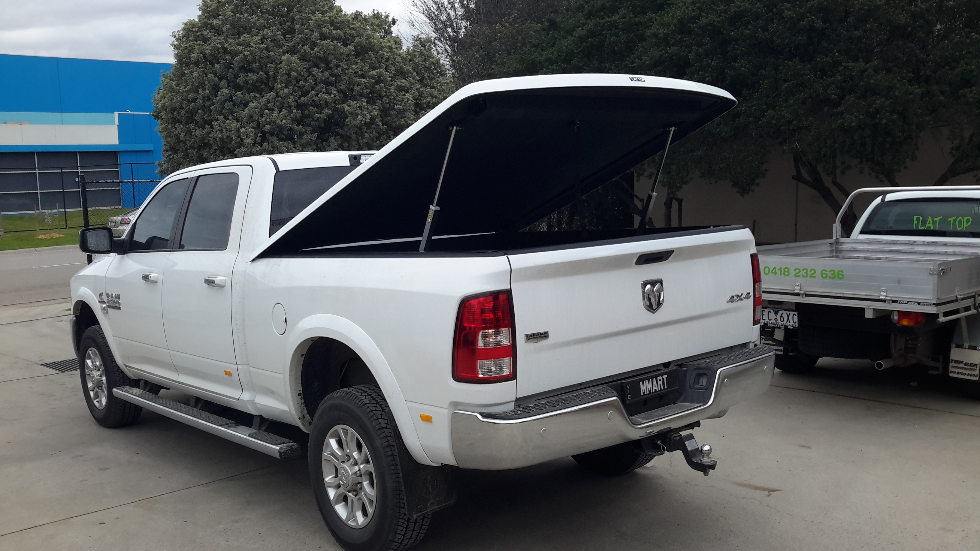 Dodge Ram  2500 -Dual Cab +1 pce Hard Cover +Autoactuated (Short bed)